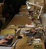 Arbeitsräume - Die Korrelation zwischen dem Menschen und seinem Umfeld im kreativen Arbeitsprozess [Masterthesis]
